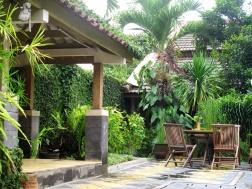 Rumah Mertua hotel garden.