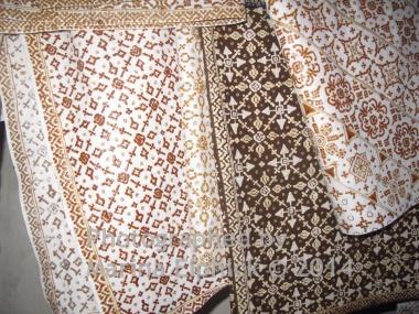 Nitik motifs in various designs awaiting first and second dye baths