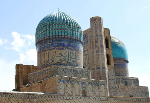 Samarkand, Bibi- Khanym Mosque, Uzbekistan.